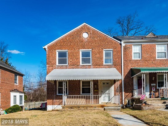 Townhouse, Traditional - CATONSVILLE, MD (photo 1)