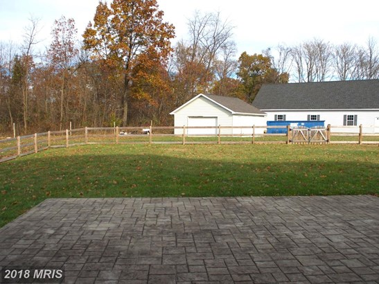 Colonial, Detached - CHARLES TOWN, WV (photo 3)