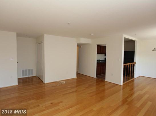 Garden 1-4 Floors, A-Frame - OXON HILL, MD (photo 3)