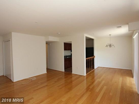 Garden 1-4 Floors, A-Frame - OXON HILL, MD (photo 4)