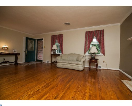 Colonial, Detached - SPRINGFIELD, PA (photo 4)