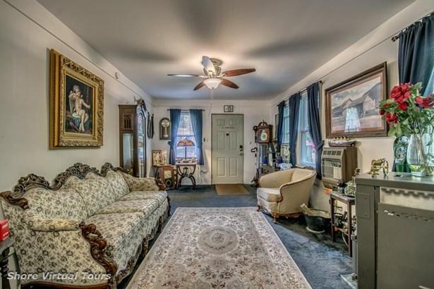 Cottage, Single Family - Milmay, NJ (photo 5)