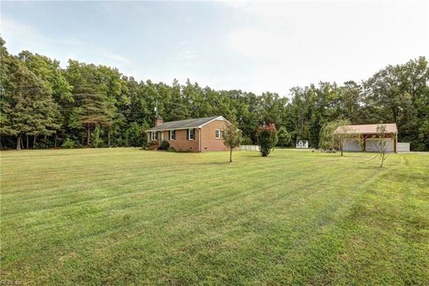 Ranch, Single Family - New Kent County, VA