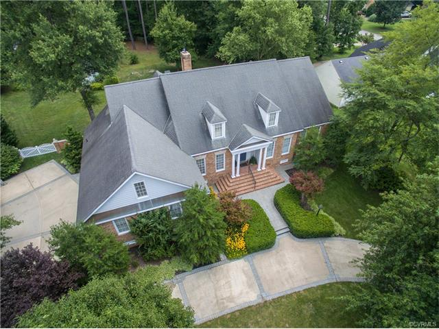 2-Story, Cape, Single Family - Colonial Heights, VA (photo 1)