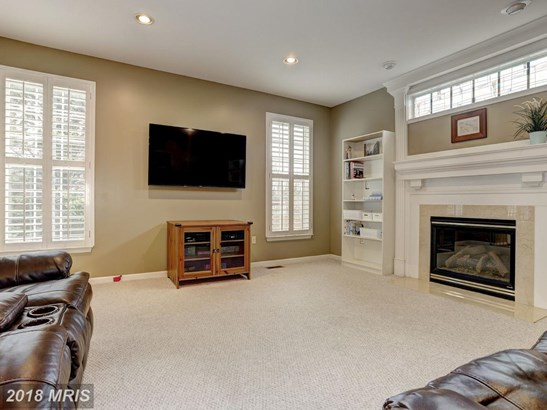 Colonial, Detached - WHITE MARSH, MD (photo 4)