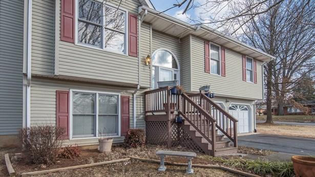 Residential, Split-Foyer - Vinton, VA (photo 3)