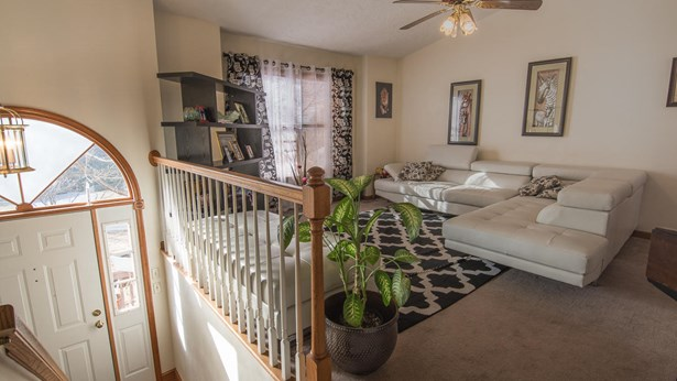 Residential, Split-Foyer - Vinton, VA (photo 4)