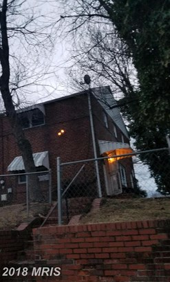 Semi-Detached, Traditional - SUITLAND, MD (photo 4)