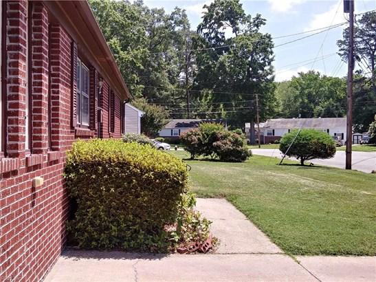 Ranch, Single Family - Hampton, VA (photo 4)