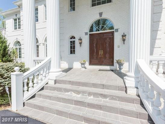 Colonial, Detached - GREAT FALLS, VA (photo 2)