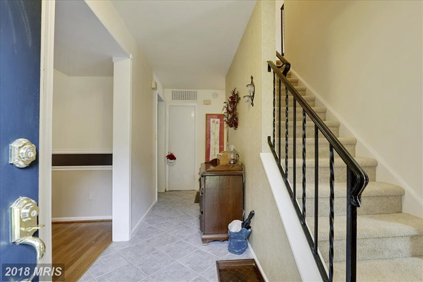 Transitional, Townhouse - GAITHERSBURG, MD (photo 3)