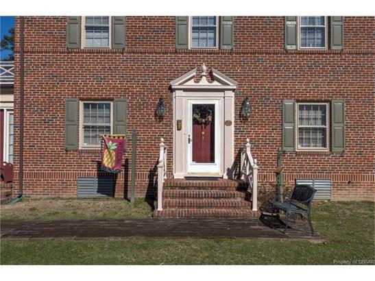 2-Story, Colonial, Single Family - Kilmarnock, VA (photo 4)