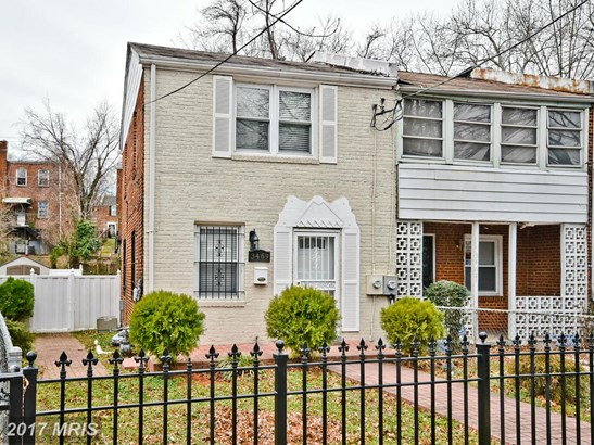 Colonial, Attach/Row Hse - WASHINGTON, DC (photo 1)