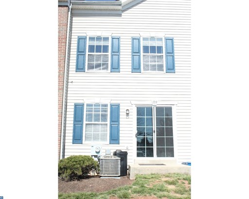 Colonial, Row/Townhouse/Cluster - HARLEYSVILLE, PA (photo 1)