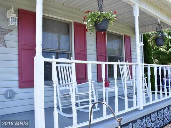 Colonial, Detached - MARTINSBURG, WV (photo 3)