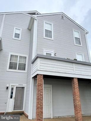 Townhouse, End of Row/Townhouse - ASHBURN, VA