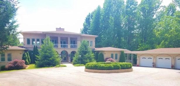 Single Family Residence, Contemporary - Amherst, VA (photo 2)
