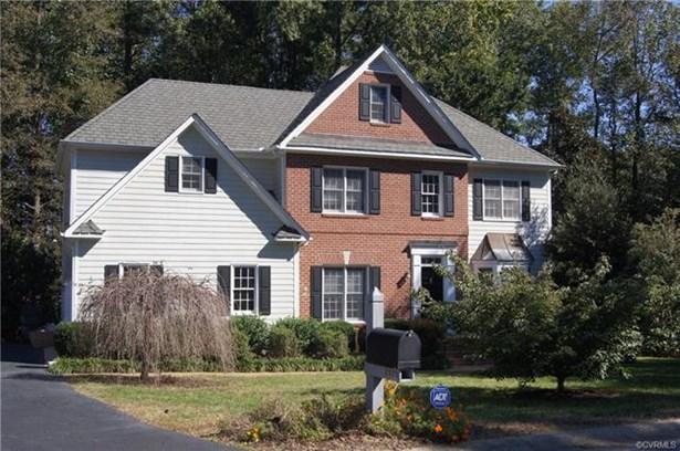 Colonial, Transitional, Single Family - North Chesterfield, VA