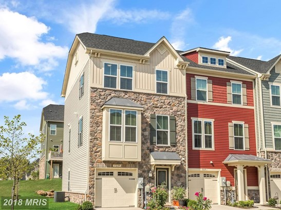 Townhouse, Colonial - GLEN BURNIE, MD