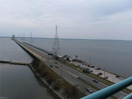 Condo, Contemp, High-Rise - Newport News, VA (photo 3)