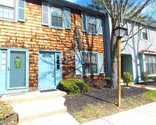 Row/Townhouse, Colonial,Contemporary - CHERRY HILL, NJ (photo 1)