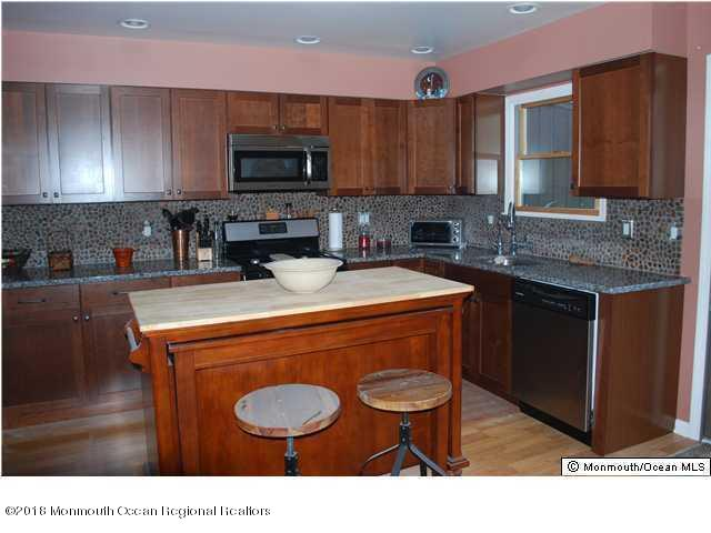 Attached, Townhouse, Townhouse/Condo - Highlands, NJ (photo 4)