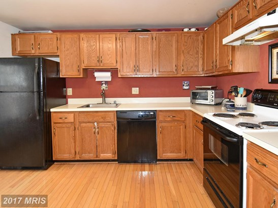 Townhouse, Traditional - NORTH POTOMAC, MD (photo 2)