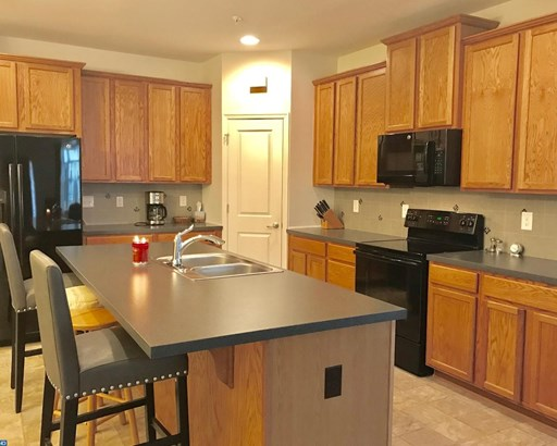 Carriage House, Row/Townhouse/Cluster - QUAKERTOWN, PA (photo 5)