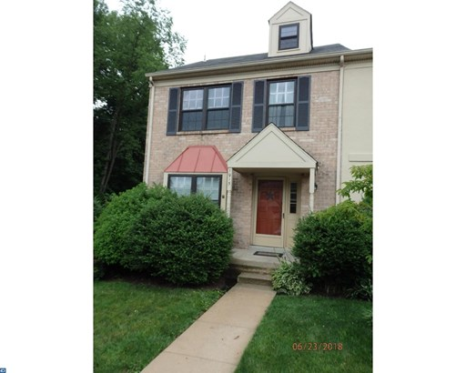 Row/Townhouse, Colonial,EndUnit/Row - EAGLEVILLE, PA (photo 1)