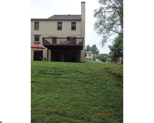 Row/Townhouse, Colonial,EndUnit/Row - EAGLEVILLE, PA (photo 2)