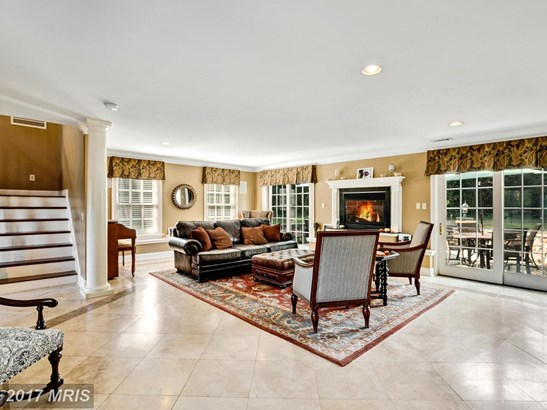Colonial, Detached - HUME, VA (photo 4)