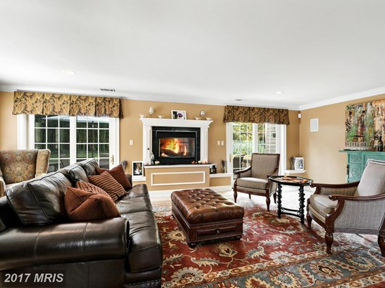 Colonial, Detached - HUME, VA (photo 5)