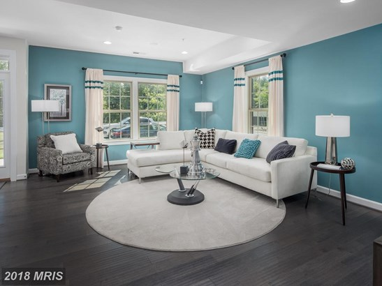 Townhouse, Contemporary - PIKESVILLE, MD (photo 2)