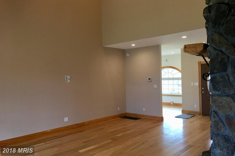 Contemporary, Detached - RIDGELEY, WV (photo 5)