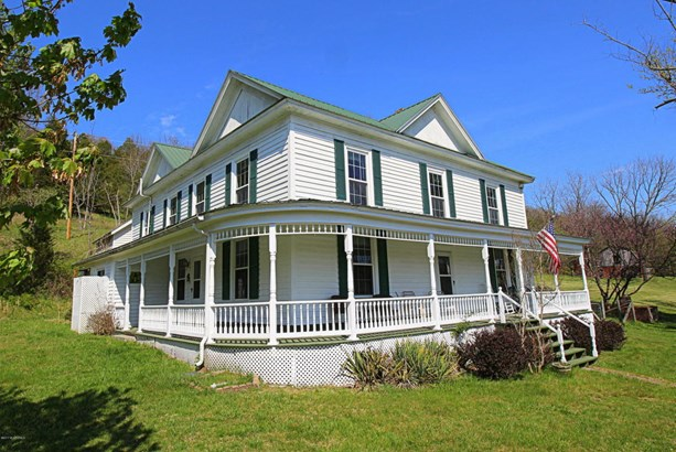 Victorian, Detached - Hiwassee, VA