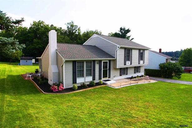 Split Level, Residential/Farms - Stewartstown, PA (photo 2)