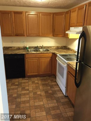 Townhouse, Colonial - PRINCE FREDERICK, MD (photo 3)
