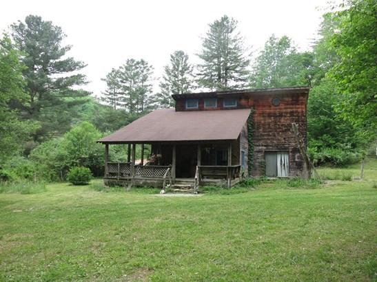 Residential, 2 Story - Buchanan, VA