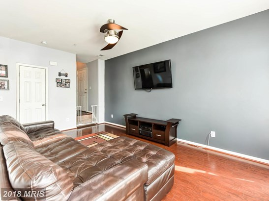 Townhouse, Contemporary - STERLING, VA (photo 4)