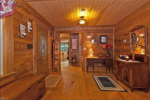 Log Home, Single Family - Isle Of Wight County, VA (photo 5)