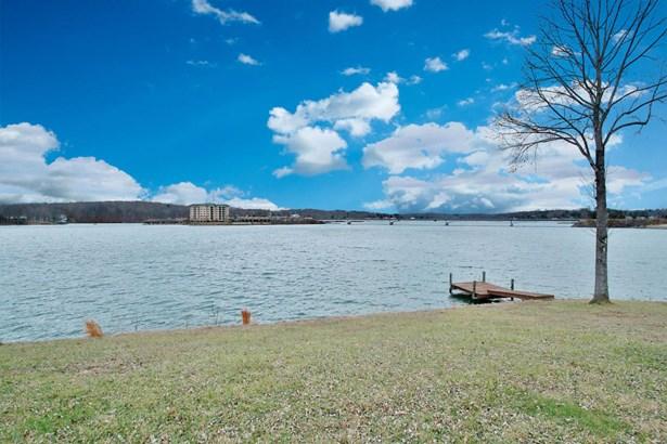 1 & 1/2 Story, Residential - Moneta, VA (photo 3)