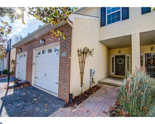 Row/Townhouse, Traditional - KENNETT SQUARE, PA (photo 1)