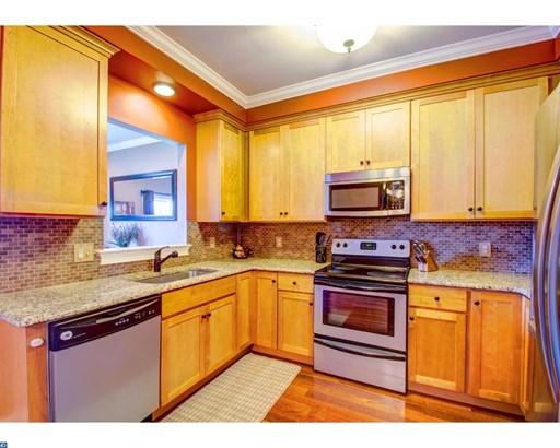 Row/Townhouse, Traditional - KENNETT SQUARE, PA (photo 5)