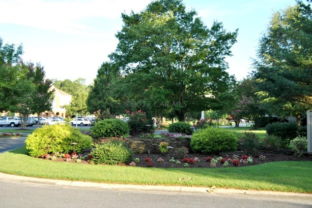 Condo/Townhome - Salisbury, MD (photo 3)