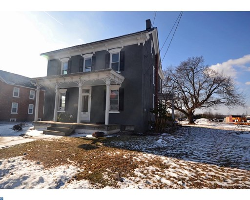 Colonial, Detached - PENNSBURG, PA (photo 1)