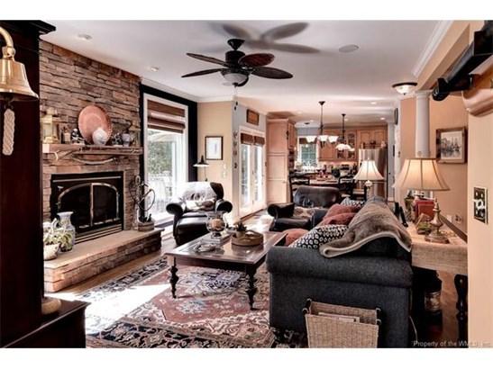 Colonial, Single Family - Toano, VA (photo 2)