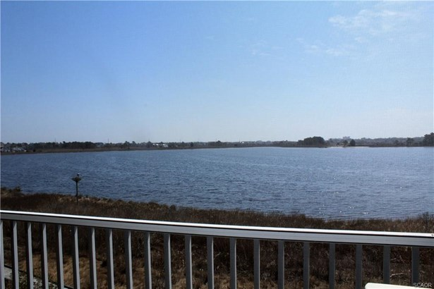 Condo/Townhouse, Coastal, Townhouse - Bethany Beach, DE (photo 2)