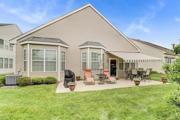 Detached, Ranch, Other - Parlin, NJ (photo 2)