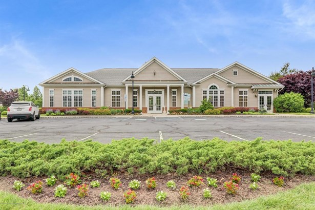 Detached, Ranch, Other - Parlin, NJ (photo 4)