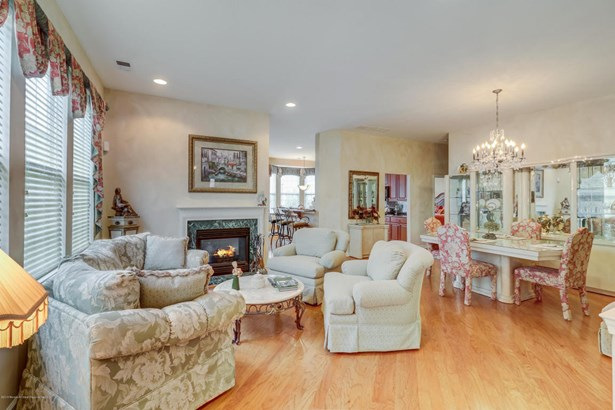 Detached, Ranch, Other - Parlin, NJ (photo 5)